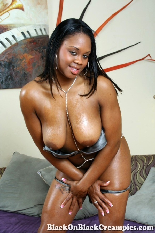 Sugary brown pussy — pic 12