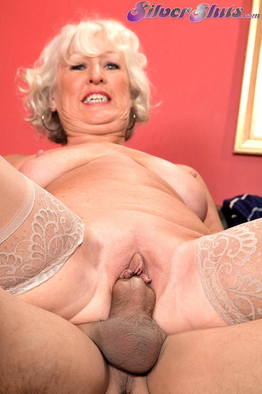 Blowjob granny jeannie lou