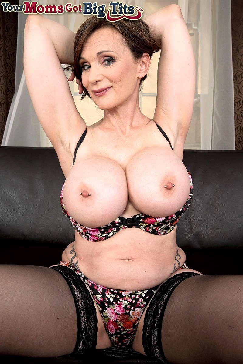 Yourmomsgotbigtits Michaela O Brilliant Boobs Milf -6529