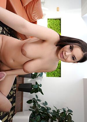 Sofia Lee