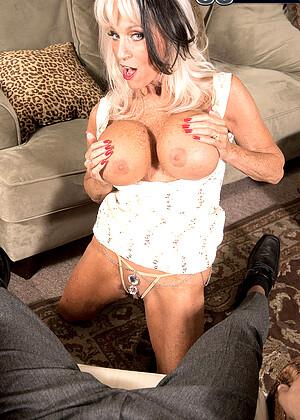 Sally Dangelo