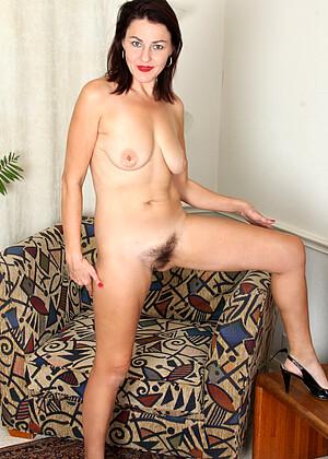 Betsy Long