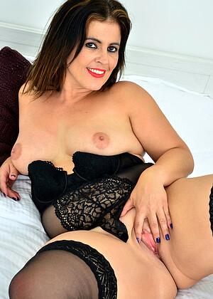 Montse Swinger