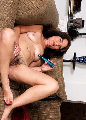 Shelby Ray