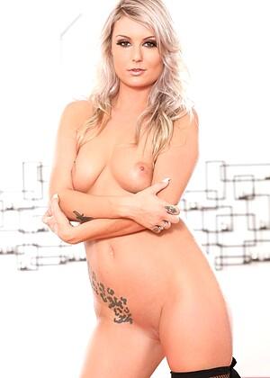 Victoria Steffanie