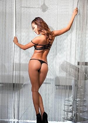 Alina Li