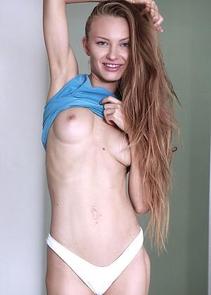 Jolie A