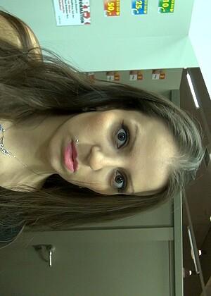 Larissa Gold