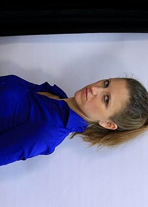 Girlsinsteel Model
