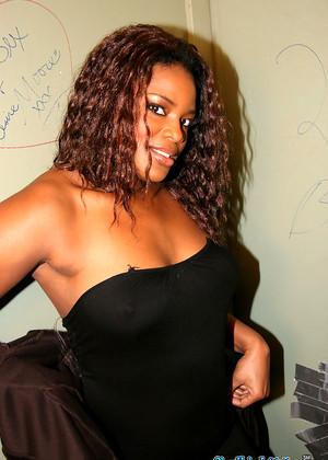 Ebony Godde
