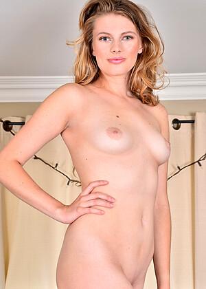 Sophie Sparks