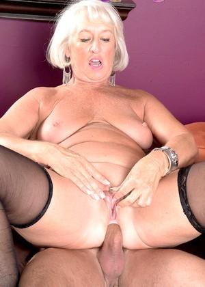 Jeannie Lou