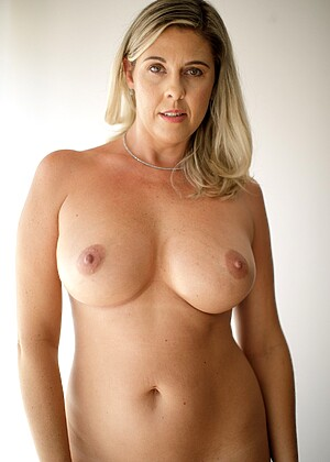 Jayna Woods
