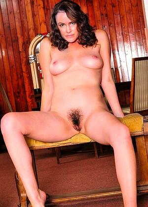 Nicole Ray