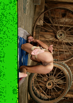 Nackt im mercedes