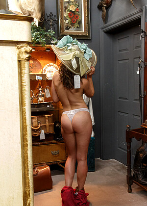 Sonya Ash